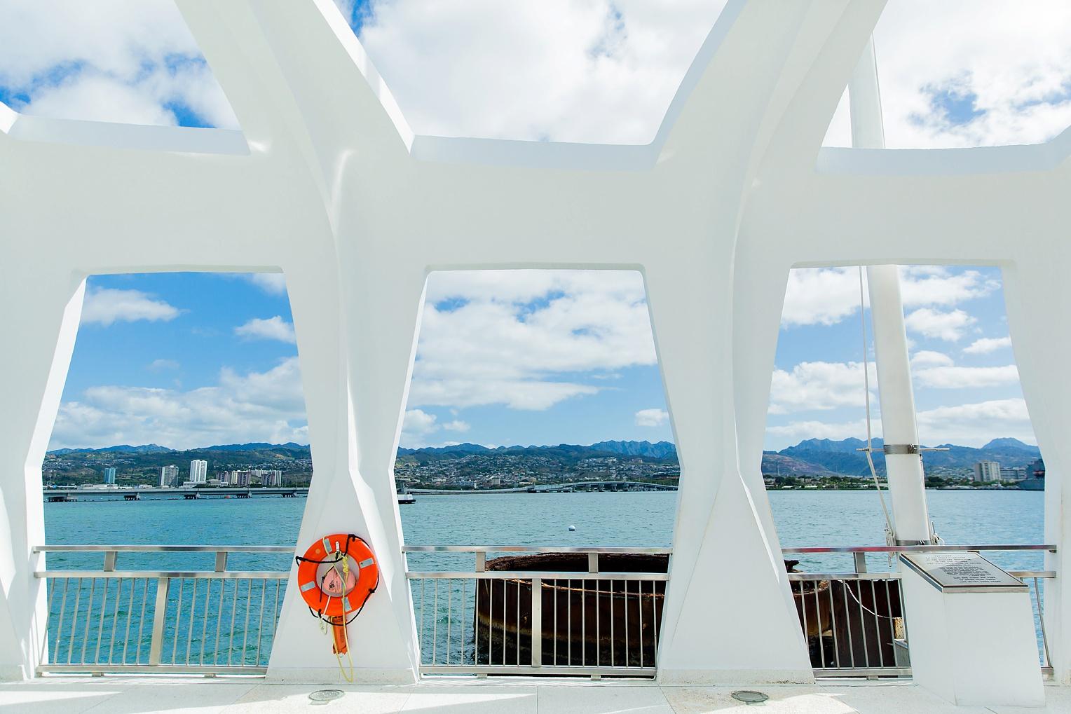 Megan Kelsey Photography Hawaii Oahu Byodo Temple Diamondhead Hike Waikiki Pearl Harbor-0895.jpg