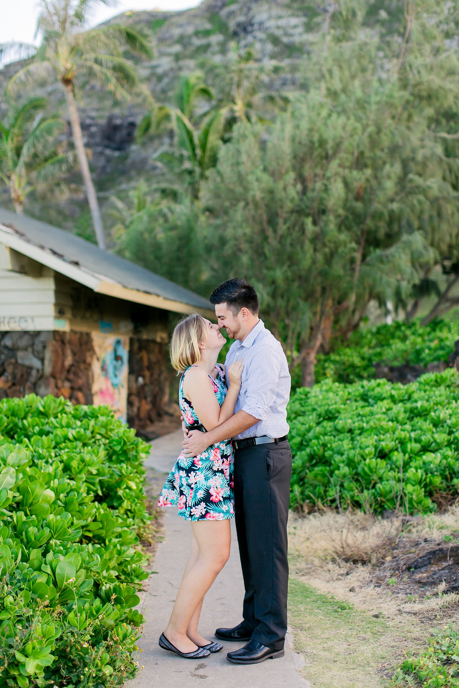 Oahu Engagement Photographer Hawaii Wedding Photographer_0016.jpg