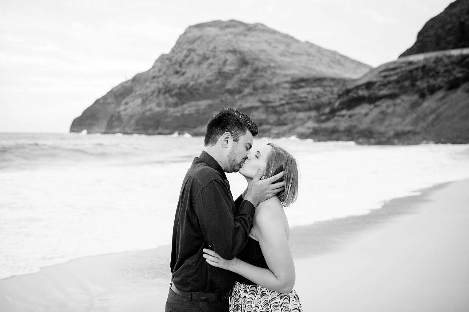 Oahu Engagement Photographer Hawaii Wedding Photographer_0046.jpg