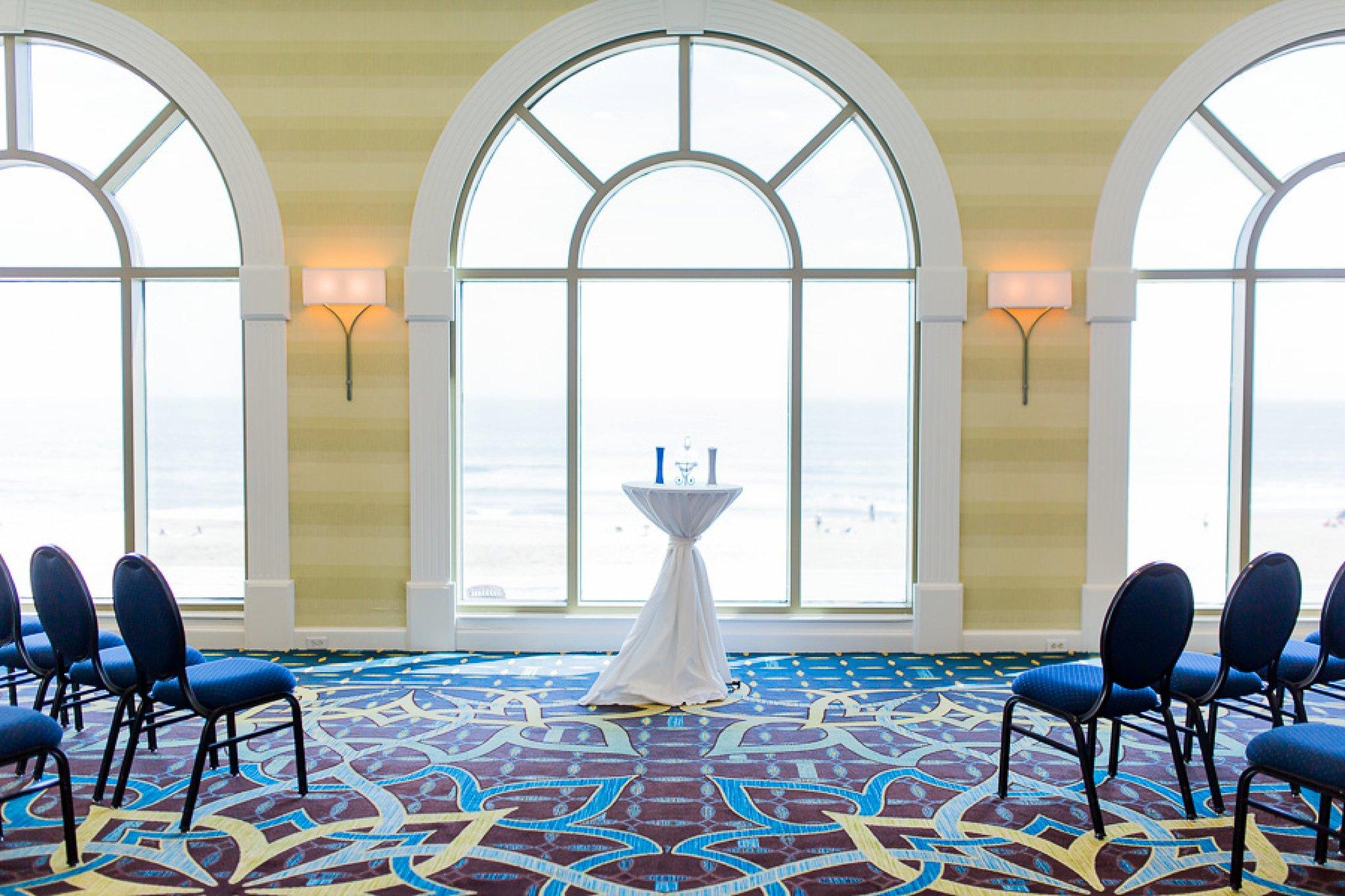 Sheraton Virginia Beach Spring Wedding | Kaitlyn & Scott | Hampton Roads Wedding Photographer_0036.jpg