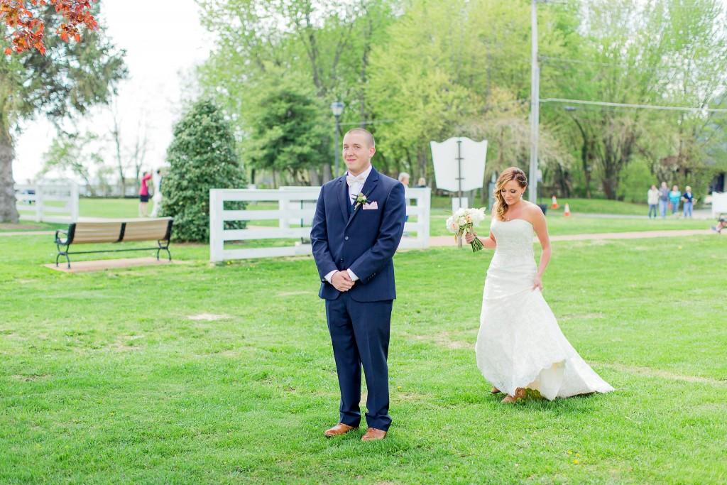 Spring-Hill-Manor-Wedding-Photos-Maryland-Wedding-Photographer-24.jpg