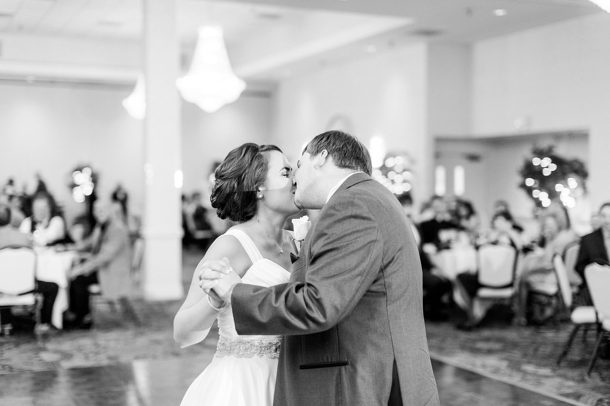 Waterford Fair Oaks Wedding Photos Northern Virginia Wedding Photographer Megan Kelsey Photography Lindsay & Joey-155.jpg