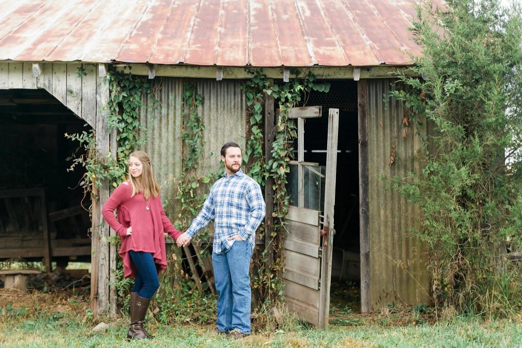 Leesburg Photographer 48 Fields Farm Rustic Fall Shoot Adam & Danielle Megan Kelsey Photography-1254