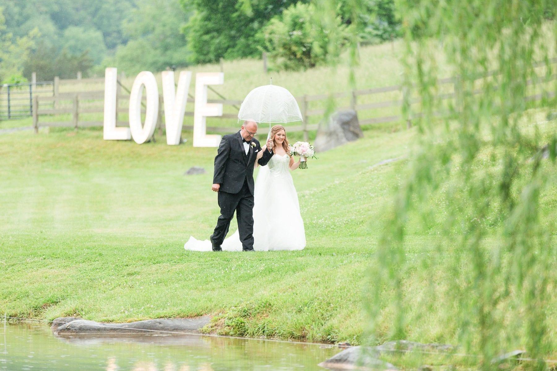 Justin & Megan Big Spring Farm Wedding Photos-240.jpg