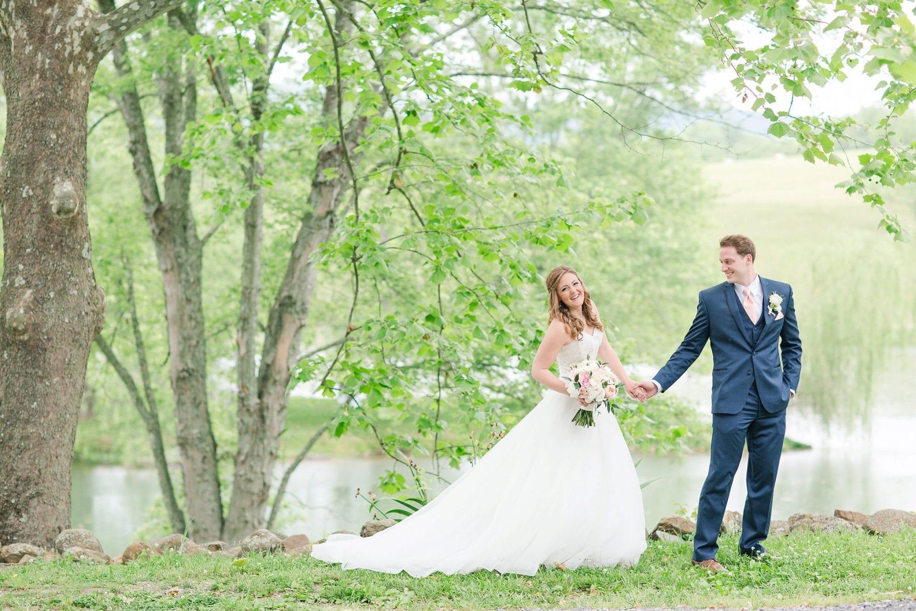 Justin & Megan Big Spring Farm Wedding Photos-96.jpg