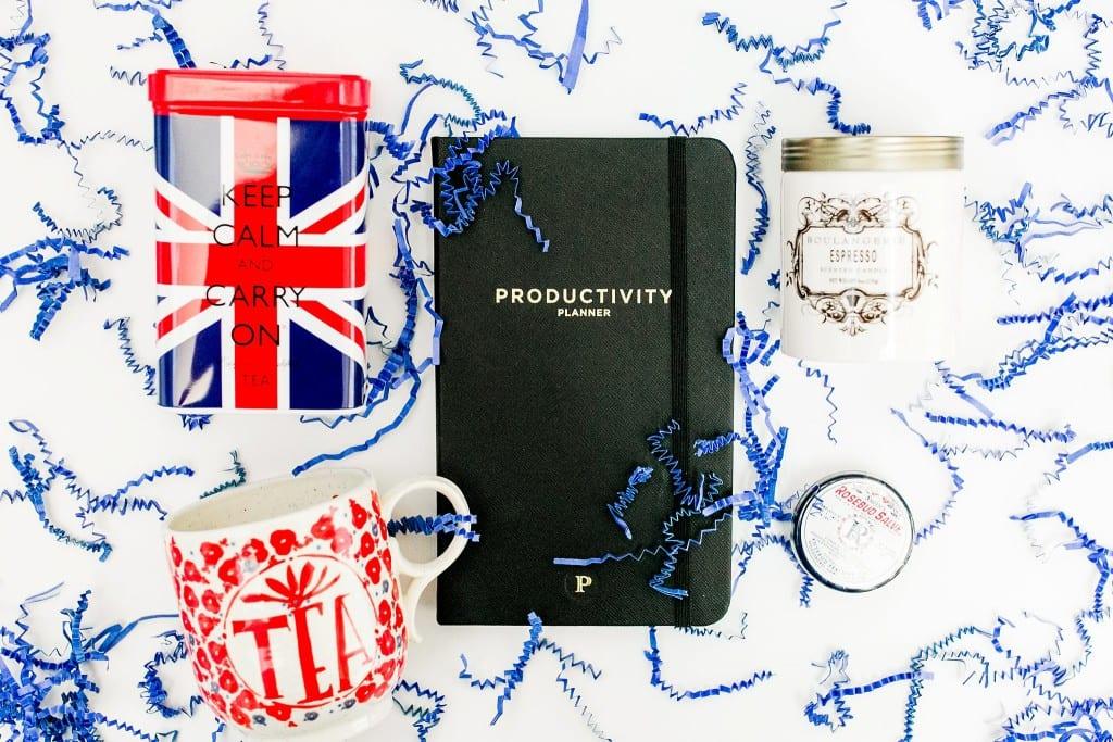 Megan Kelsey Rebrand Productivity Essentials Giveaway-5836-7