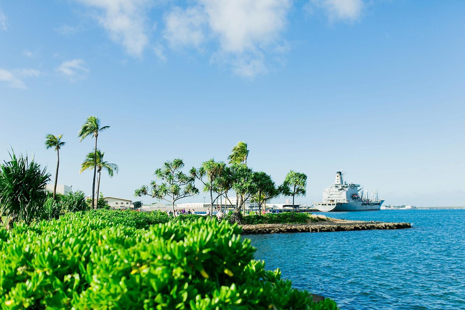 Megan Kelsey Photography Hawaii Oahu Byodo Temple Diamondhead Hike Waikiki Pearl Harbor-1535.jpg