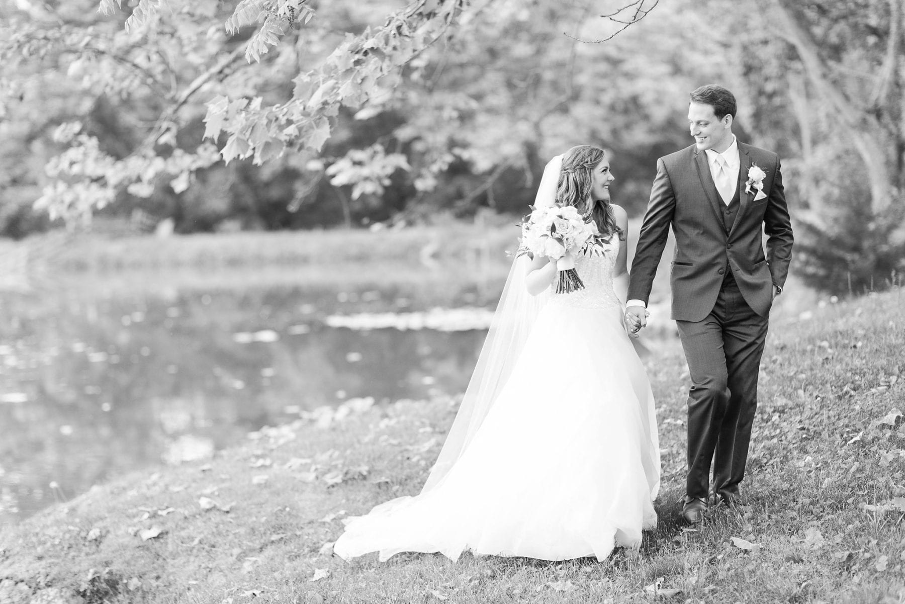 Justin & Megan Big Spring Farm Wedding Photos-200.jpg