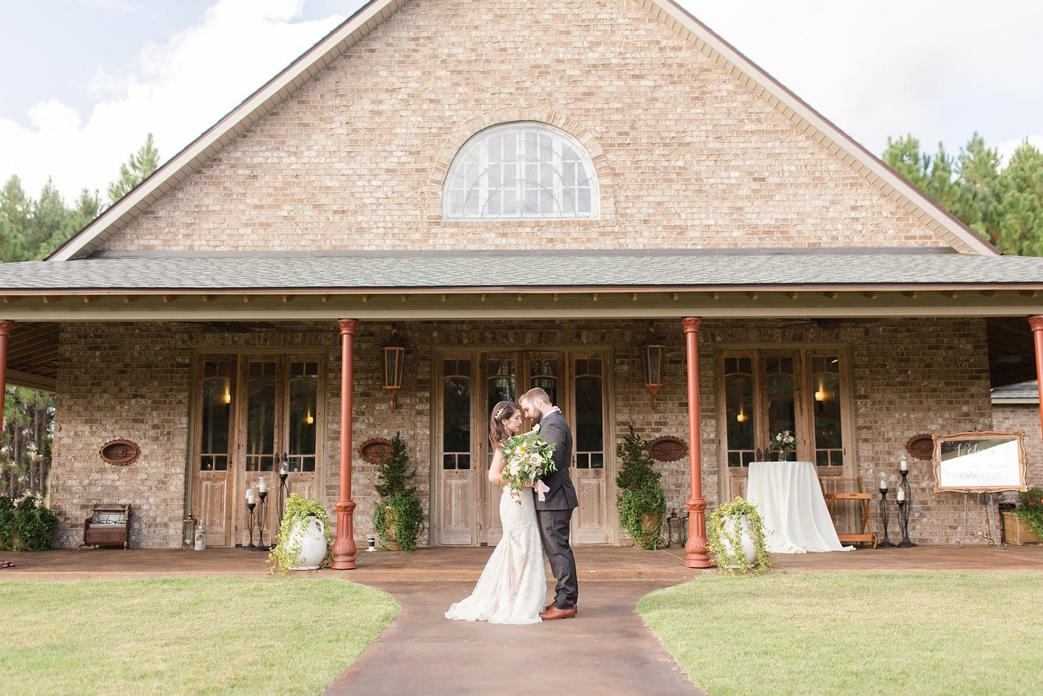 Bella Sera Gardens Wedding Alabama Wedding Photographer Megan Kelsey Photography-295.jpg