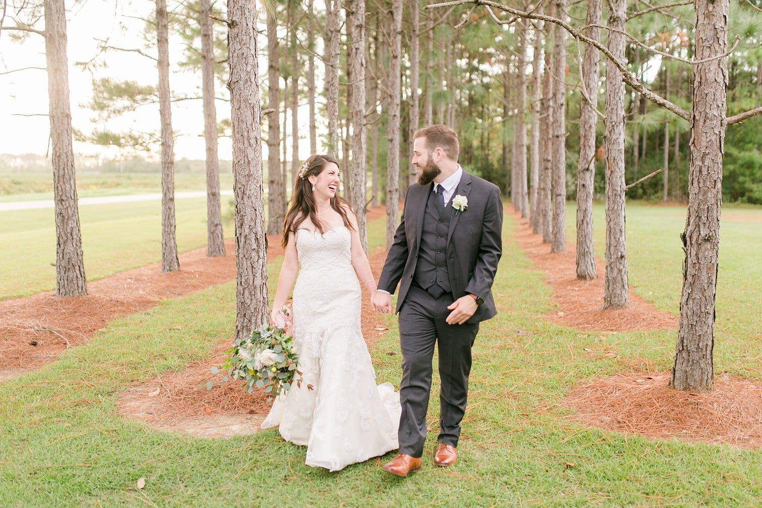 Bella Sera Gardens Wedding Alabama Wedding Photographer Megan Kelsey Photography-308.jpg