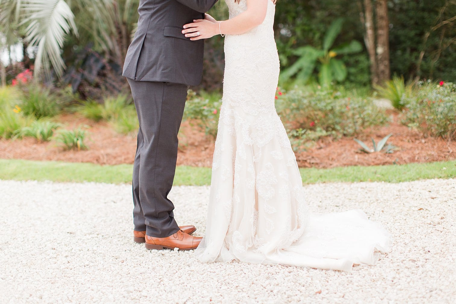 Bella Sera Gardens Wedding Alabama Wedding Photographer Megan Kelsey Photography-76.jpg